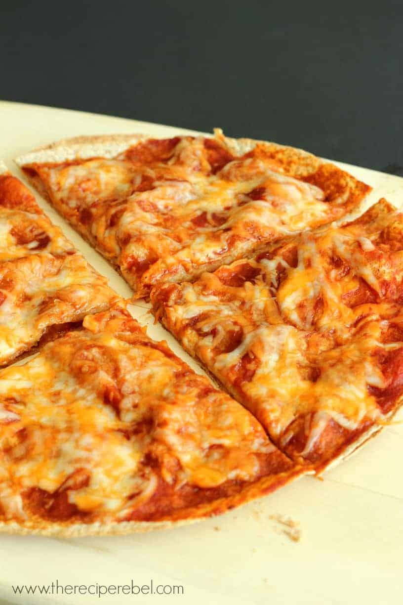 Hawaiian Pizzadillas | www.thereciperebel.com