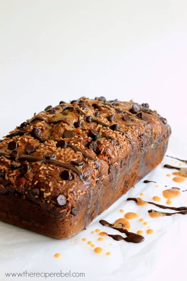 Samoa Banana Bread -- moist banana bread full of chocolate, caramel and toasted coconut flavour. The perfect snack. breakfast or dessert!