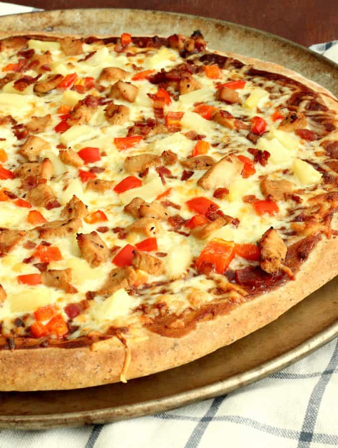 Sweet and Spicy Pineapple Chicken Pizza