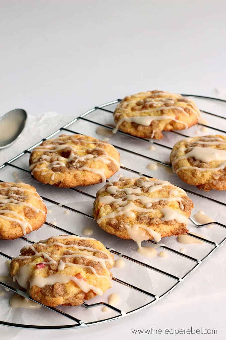 Cake Mix Maple Muffins