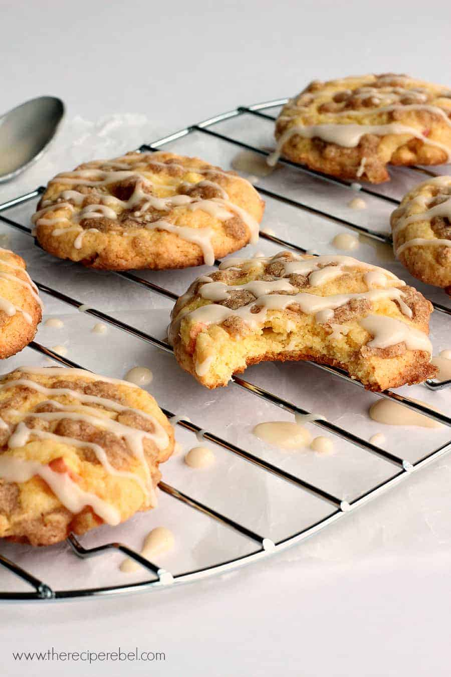 Turn A Cake Mix Into Cookies