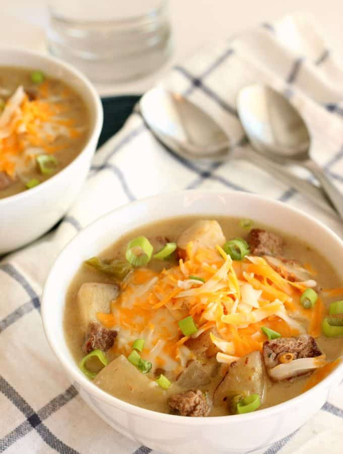 {Slow Cooker} Philly Cheesesteak Potato Chowder