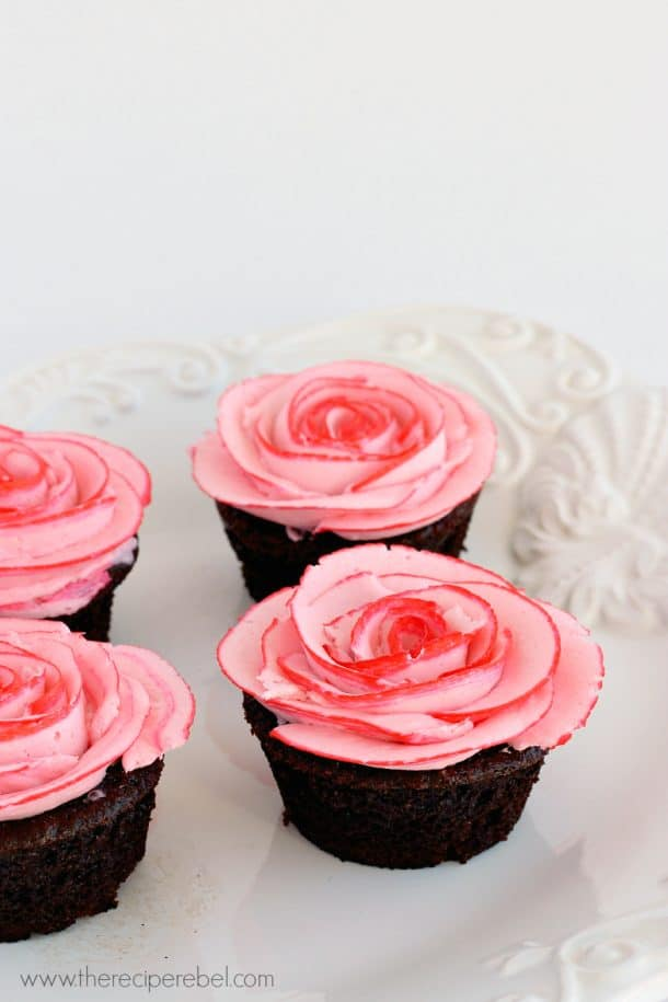 Fudgy Chocolate Cupcakes with Two Tone Roses www.thereciperebel.com 2