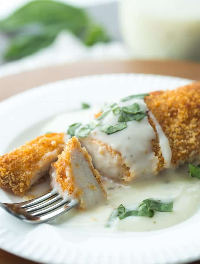 {Light} Chicken with Basil Cream Sauce