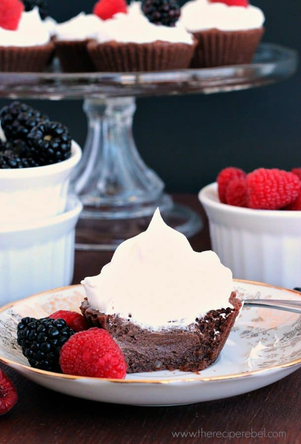 Light-Chocolate-Cheesecakes-www.thereciperebel.com
