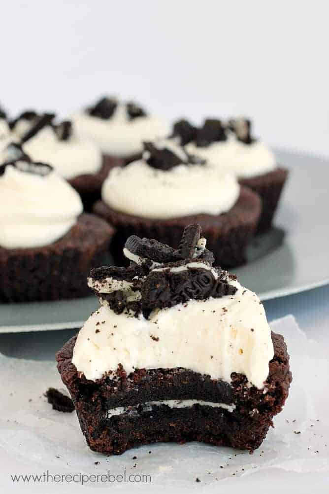 Oreo-Stuffed Double Chocolate Cookie Cups: soft, chewy double ...