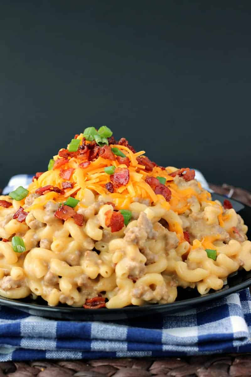One-Pot Bacon Cheeseburger Mac & Cheese: a super simple, one-pot meal ...