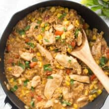 20-Minute Chicken and Rice: a super quick, easy to customize meal that's perfect for any night of the week!