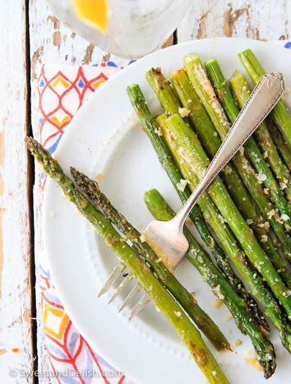 Easy-Cheesy-Garlic-Asparagus_-Sweet and Delish