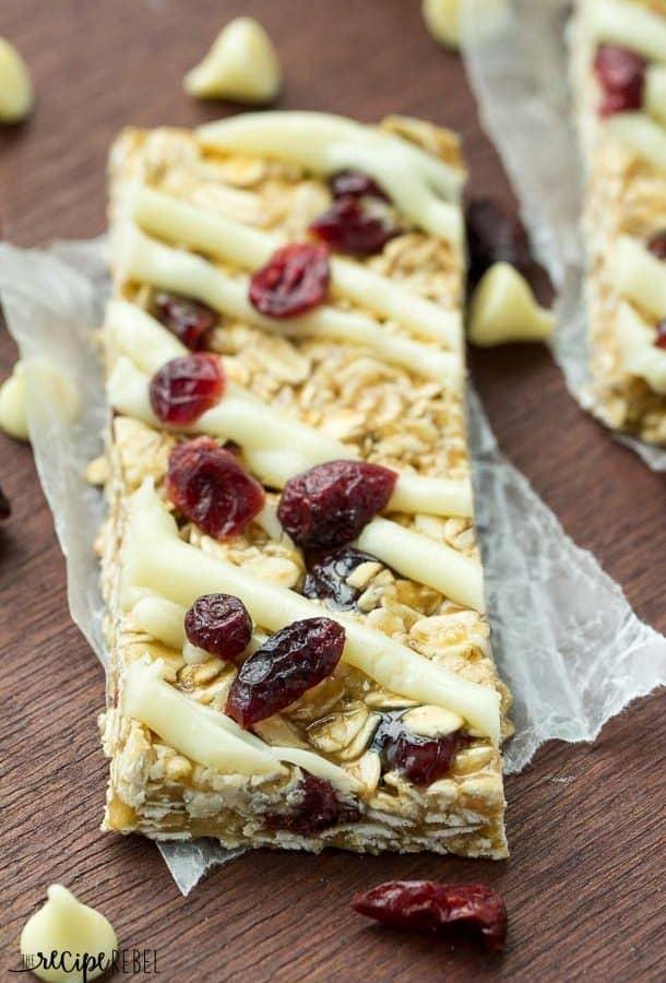 Easy No Bake White Chocolate Cranberry Granola Bars