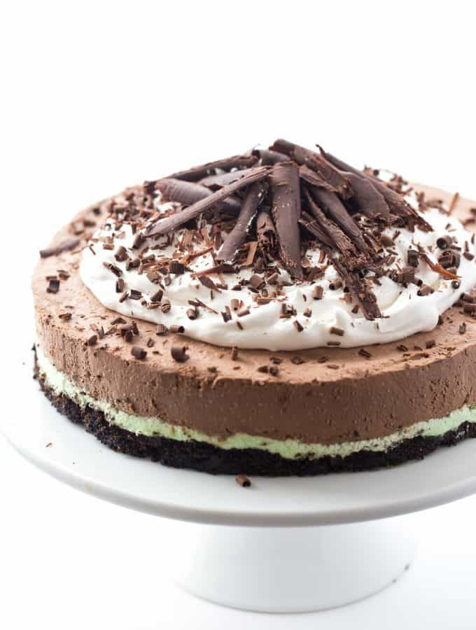 Almost No Bake Mint Chocolate Cheesecake