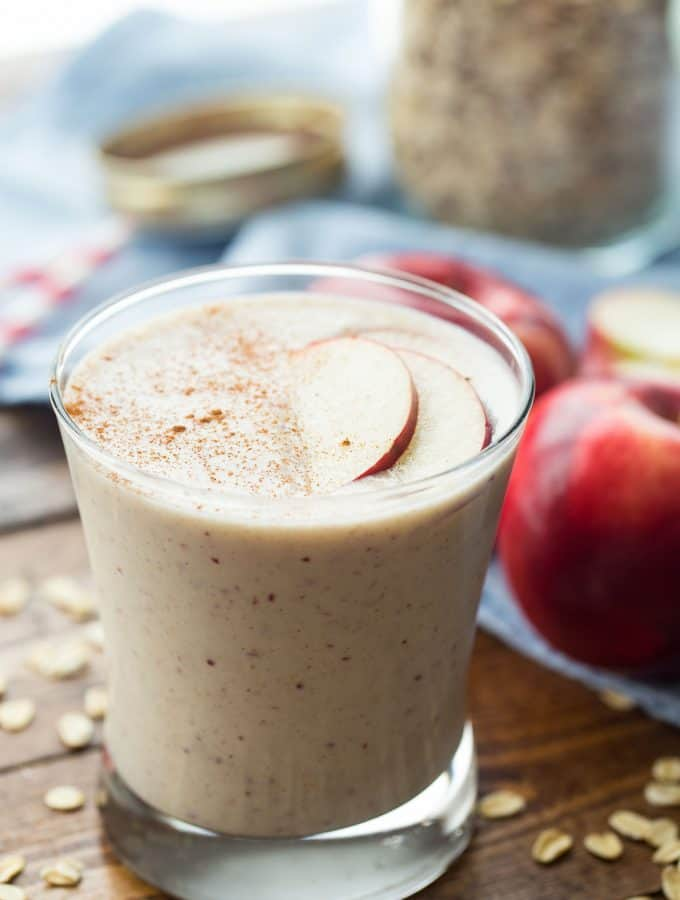 Apple Crisp Smoothie & a KitchenAid Torrent Blender Giveaway!