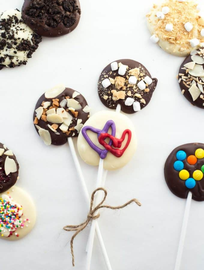 Valentine's Day Chocolate Lollipops: 10 Ways
