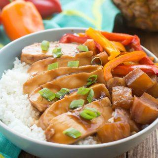 Slow Cooker Hawaiian Chicken Rice Bowls