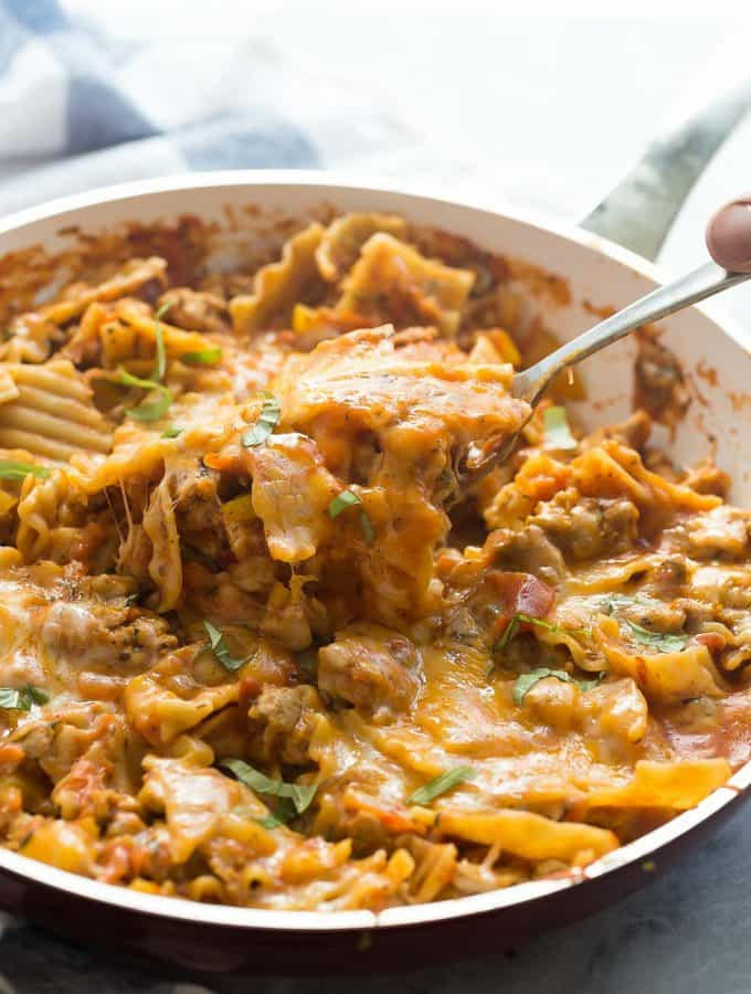Healthier One Pot Skillet Lasagna: a 30 Minute Meal!