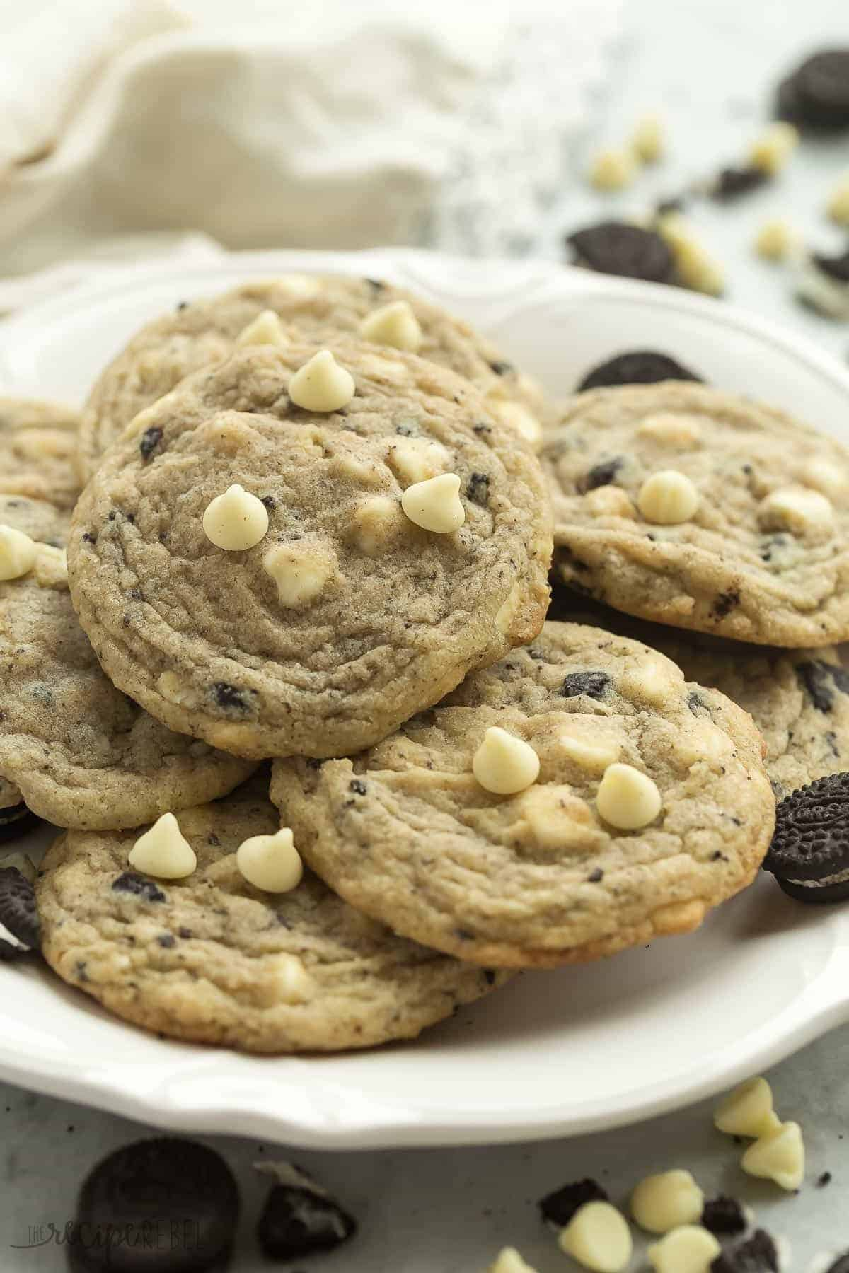 close up image of cookies and creamy cookies with white chocolate chips on top