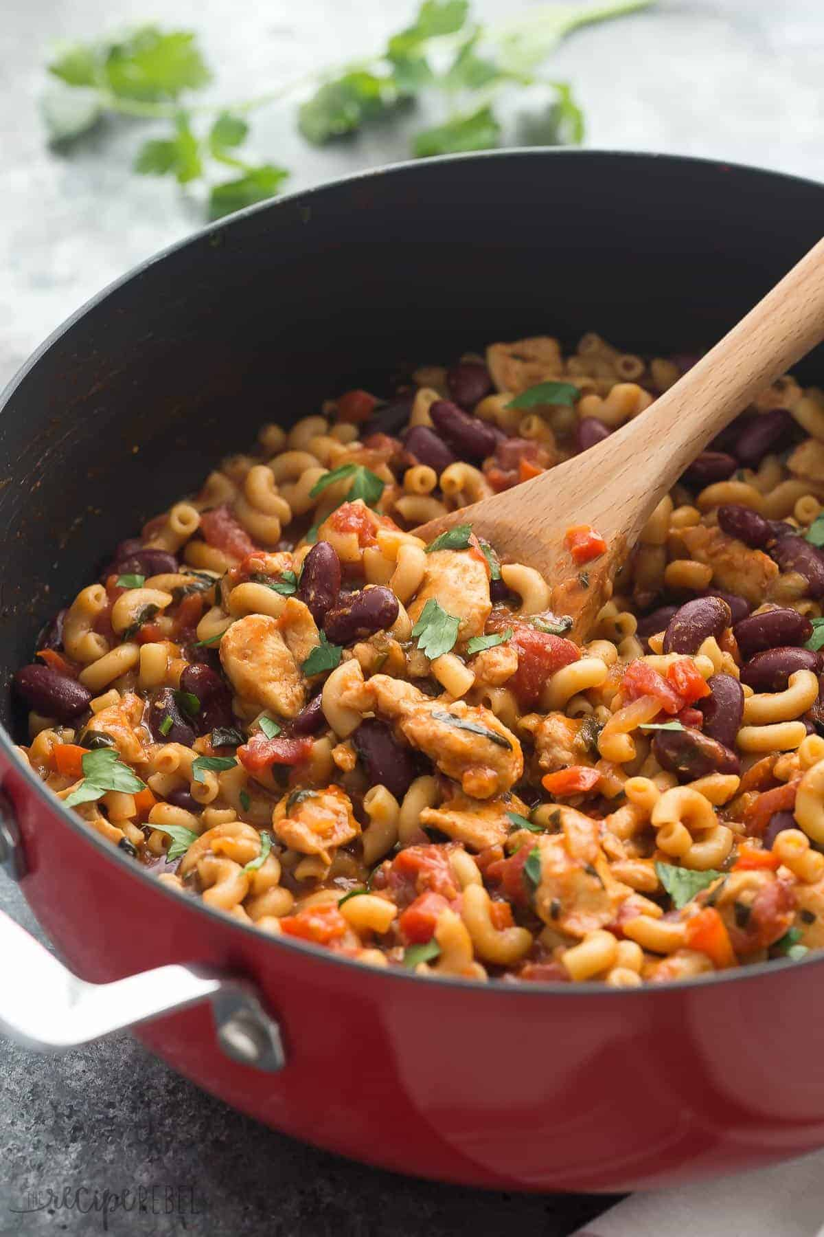 This One Pot BBQ Chicken Chili Mac is the perfect meal in one! It's loaded with protein, fiber, veggies and made in one skillet in 30 minutes! An easy, healthy weeknight meal.