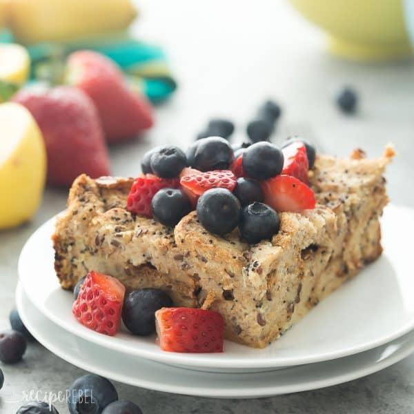 Overnight-Slow-Cooker-Lemon-Poppy-Seed-French-Toast-thereciperebel.com