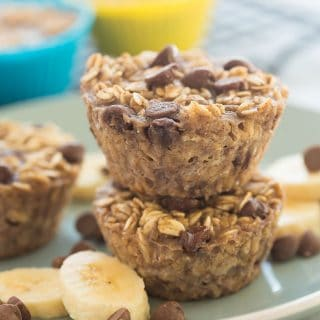 Banana Chocolate Chip Baked Oatmeal Cups + RECIPE VIDEO