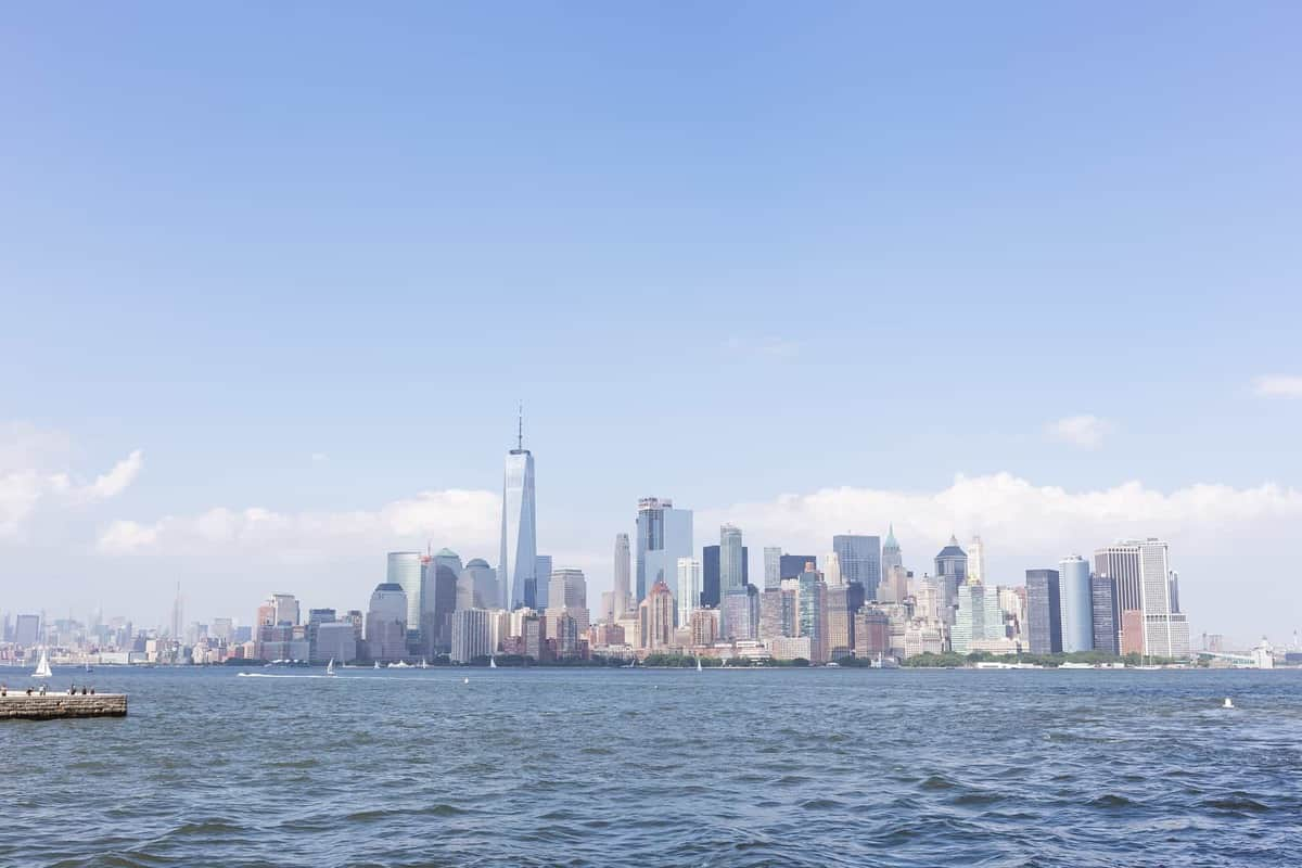 The highlights of our 3 days in New York City -- our hotel, our favorite eats and our favorite sights and excursions!