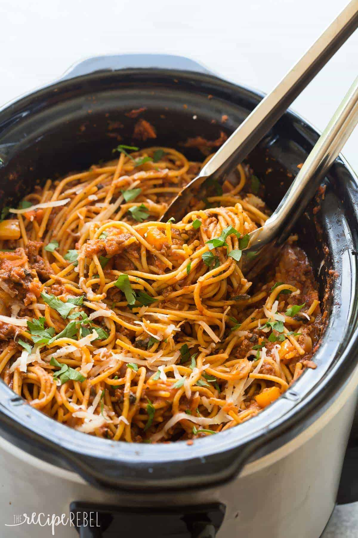 Healthier slow cooker spaghetti and meat sauce video this healthier slow cooker spaghetti and meat sauce is loaded with veggies and protein but tastes forumfinder Choice Image