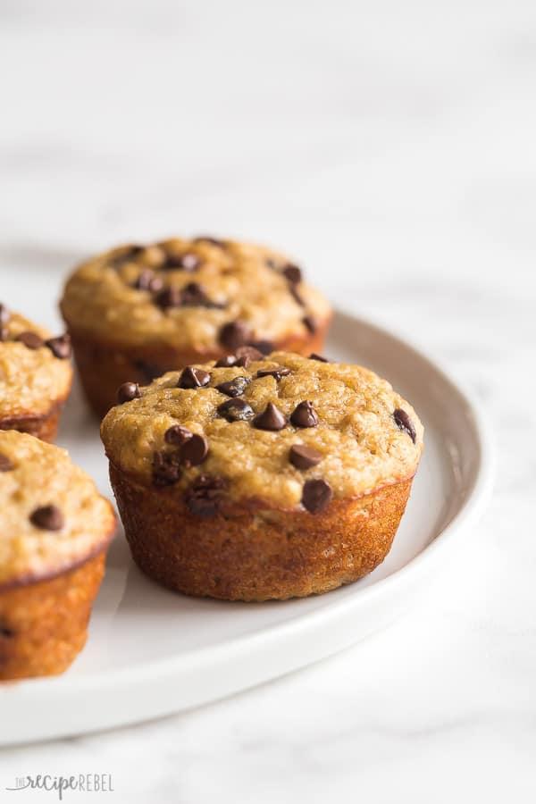 banana oat muffins close up
