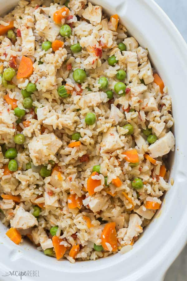 slow cooker chicken and rice overhead