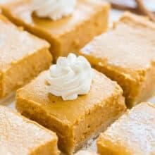 pumpkin cheesecake bars sliced