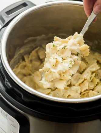 instant pot chicken alfredo pasta in pressure cooker