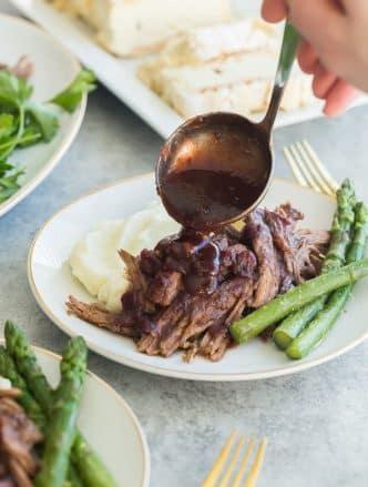 instant pot roast beef with cranberry gravy