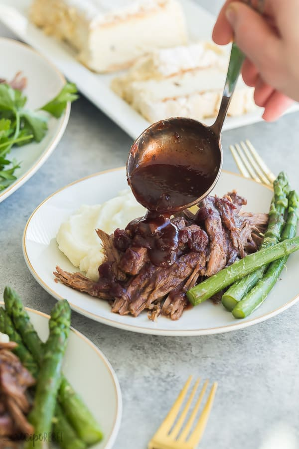 instant pot roast beef with cranberry gravy