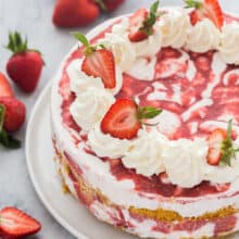 strawberry shortcake ice cream cake whole