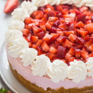 no bake strawberry cheesecake whole
