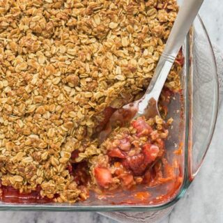 strawberry rhubarb crisp in pan