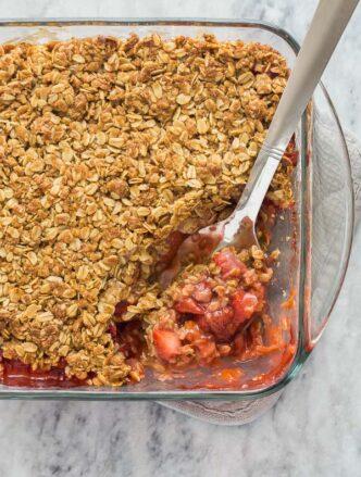 strawberry rhubarb crisp in pan
