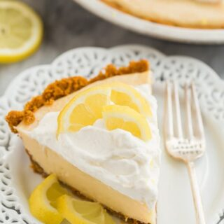 lemon icebox pie slice