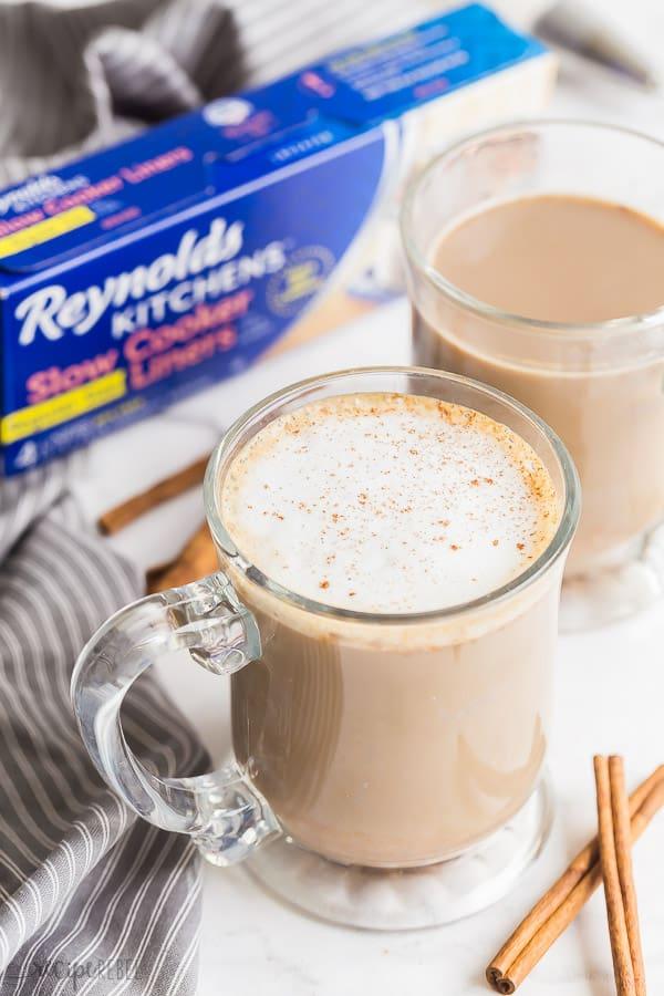 pumpkin spice latte in mugs