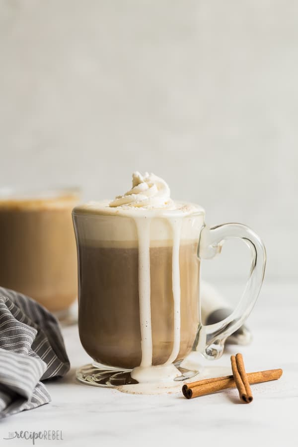 slow cooker pumpkin spice latte with whipped cream