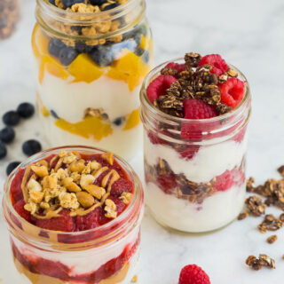 yogurt parfait with fruit