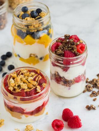 yogurt parfait with fruit