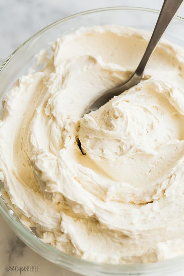 vanilla buttercream frosting in glass bowl