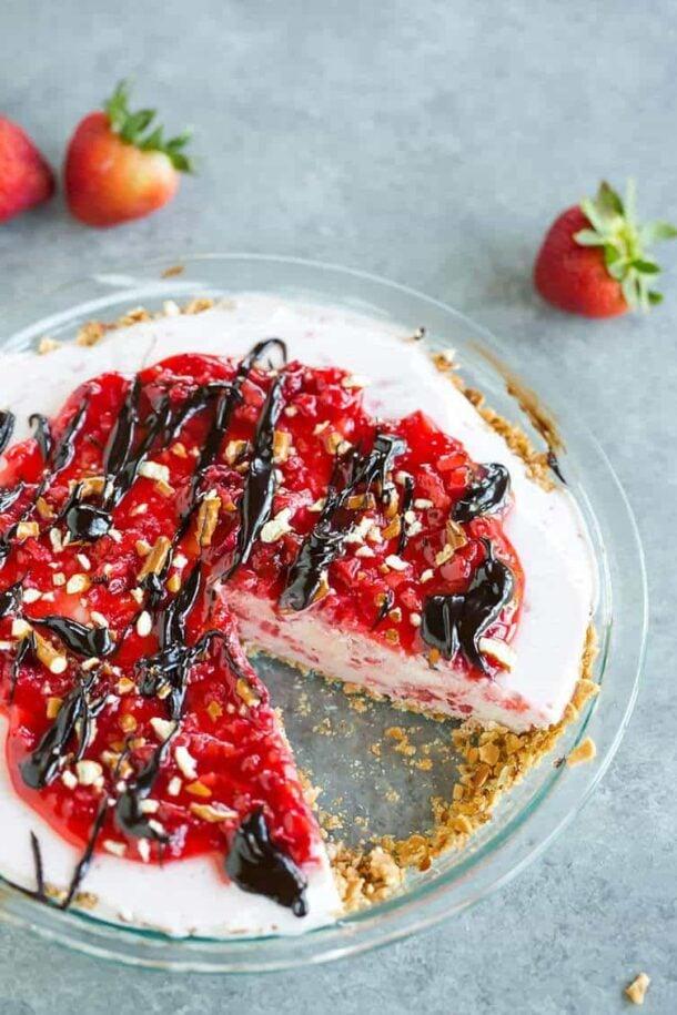 Pretzel Strawberry Ice Cream Pie