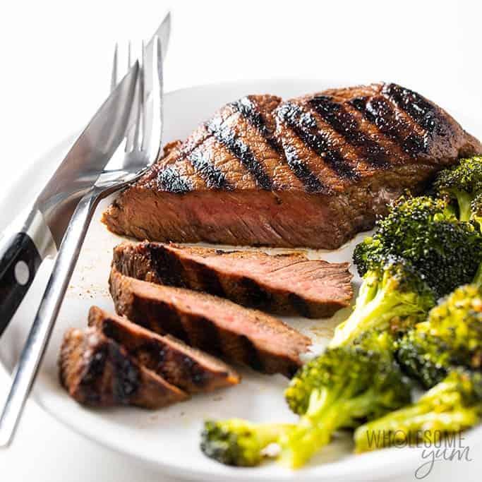 Top sirlon sliced with broccoli