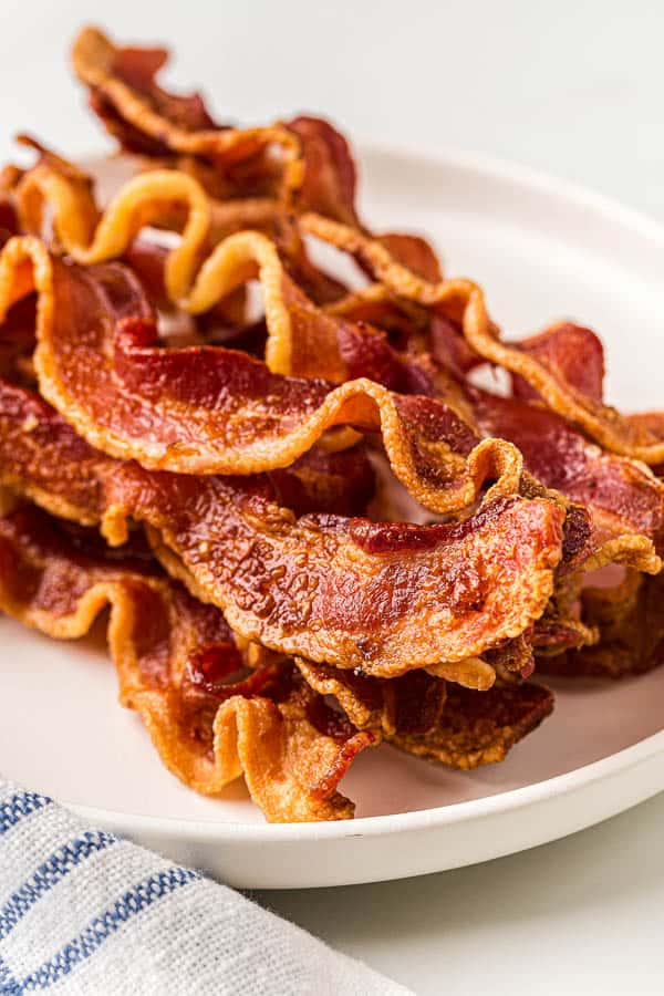 close up image of crispy air fryer bacon