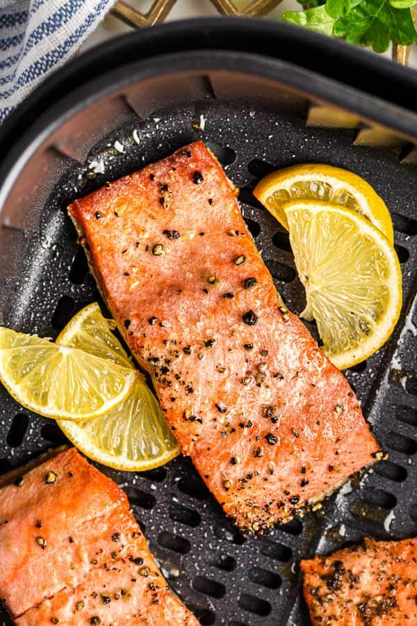 close up image of cooked salmon in air fryer