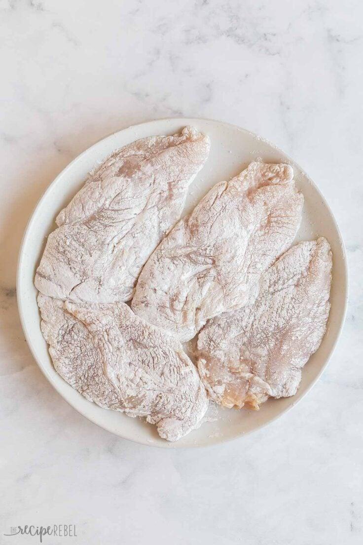dredging chicken breasts in corn starch